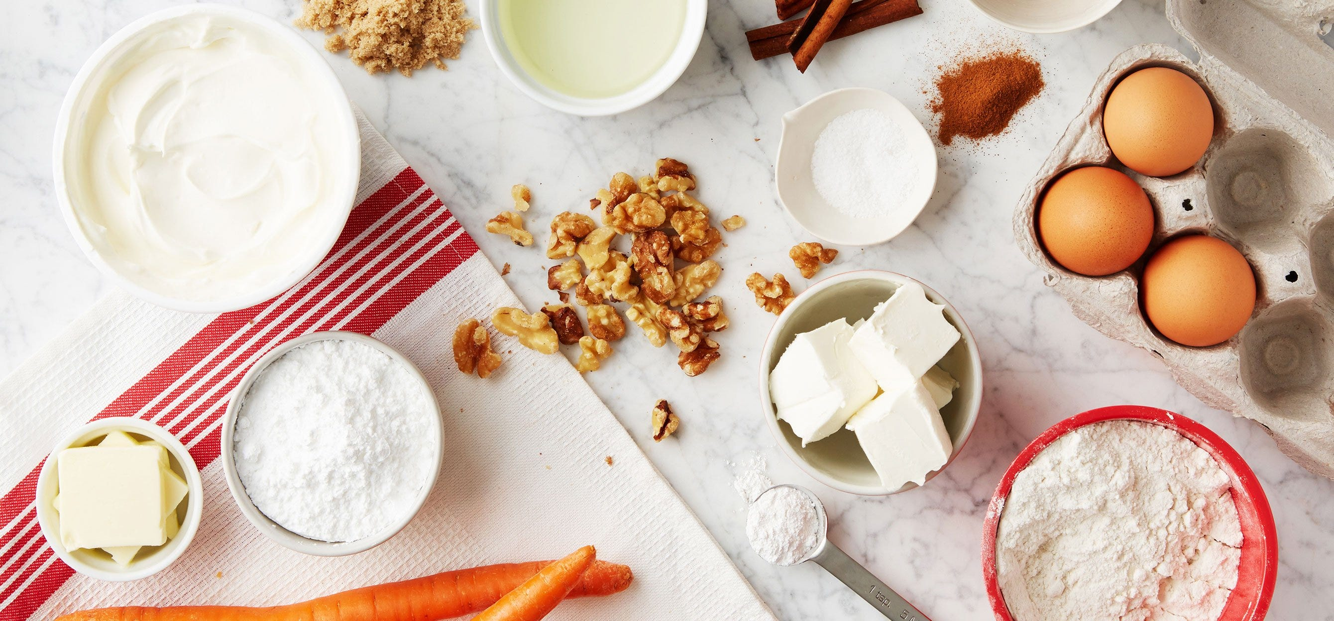 CARROT CAKE WITH WALNUTS AND CREAM CHEESE FROSTING