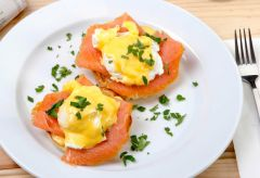 Bordeaux Salmon Benedict with Lemon Hollandaise