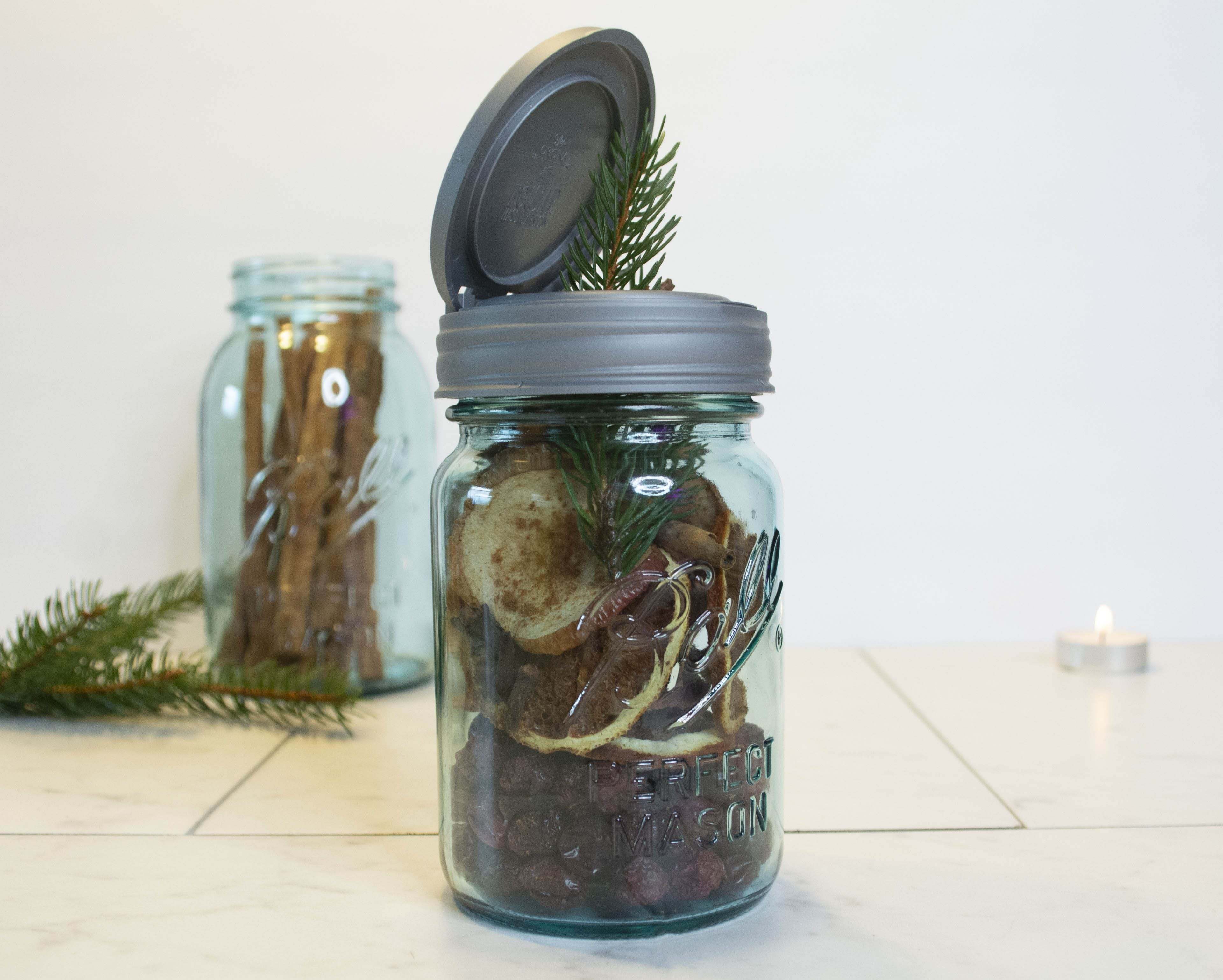 Giftable Potpourri in a Mason Jar how to.